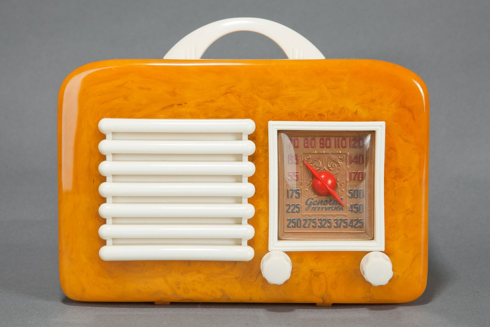 Catalin General Television Radio Model 591 - Yellow with Ivory Trim